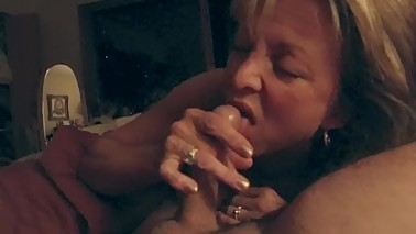 A Wife Gives Another Great Blowjob and Wants to Share the Cum